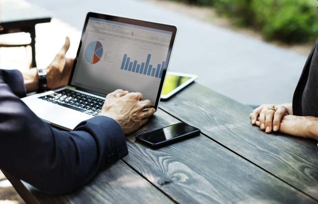 Jak poradzić sobie ze zbyt wysokimi ratami kredytów?