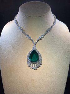 Inwestowanie w biżuterię – Ruszył sezon aukcyjny w Europie