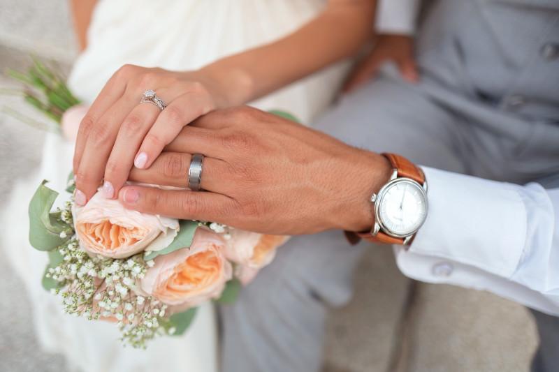 Podatek od prezentów ślubnych – kiedy trzeba go zapłacić?