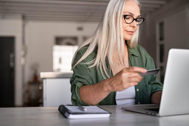 Jak założyć konto w banku przez internet