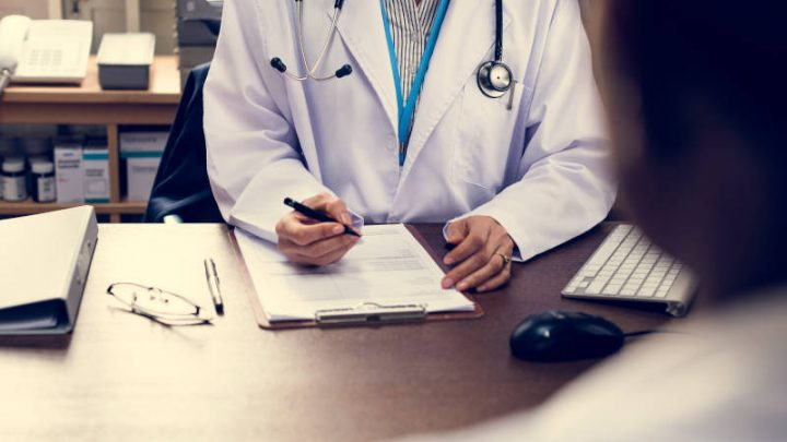 Jak wyliczyć chorobowe? Czyli wszystko co musisz wiedzieć o zwolnieniu lekarskim L4
