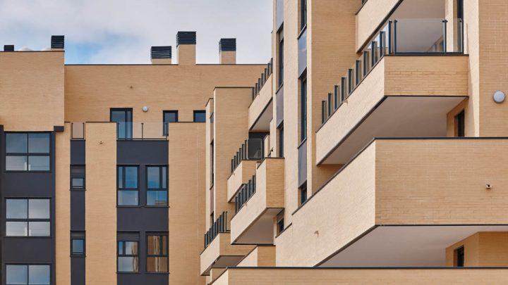 Mieszkanie bezczynszowe – opłaca się czy jest źródłem niekończących się wydatków?
