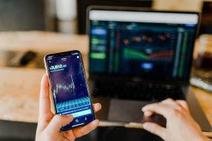 Jak kupić akcje na giełdzie